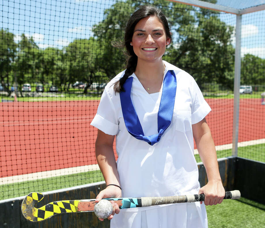Sabrina Rodriguez said she was inspired to play field hockey after watching her big sister play. Photo: Marvin Pfeiffer /San Antonio Express-News / Express-News 2015