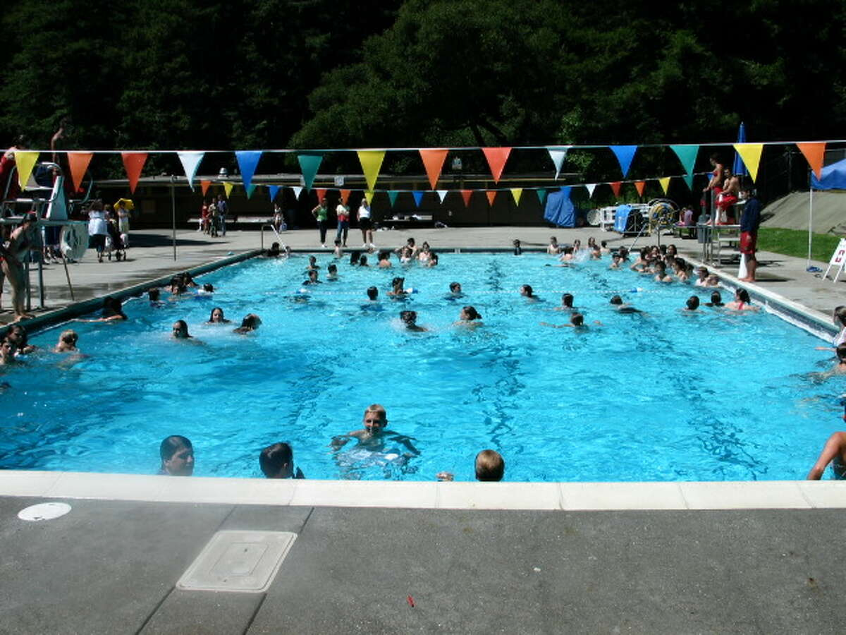 ROBERTS PARK POOL - This aquatic destination is burrowed in the 82-acre area off of Oakland's Skyline Boulevard. The park is filled with redwood trees and the 24-yard heated outdoor pool is open to the public from mid-April through the end of September. All the facilities at the Roberts Park Pool are wheelchair accessible. Swim lessons are available for individuals and groups and there are times set aside for recreational swim and for disabled swimmers only. There is a pool access fee. (Photo: East Bay Parks)