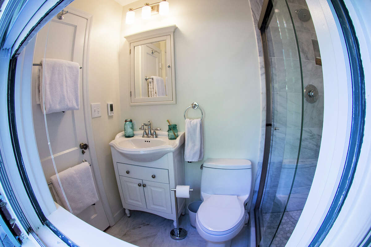 AFTER: Goo ended up selecting a new sink that was smaller than the old one, which helped to make the space look bigger. (MUST CREDIT: Washington Post photo by Jabin Botsford.)