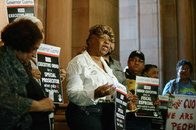 Gwen Carr, mother of Eric Garner speaks during a rally where the mothers of New Yorkers killed by police urged Gov. Cuomo to appoint special prosecutors to handle any future cases Monday afternoon, June 15, on the second floor or the Capitol in Albany, N.Y.  (Will Waldron/Times Union) Photo: WW / 00032285A