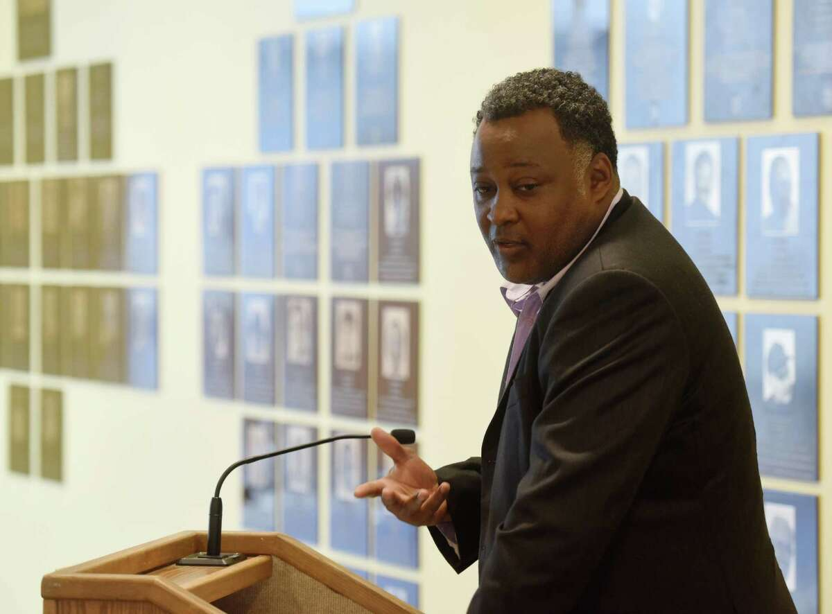 2015 inductee Lambert Shell, a former All-American basketball player at University of Bridgeport, speaks during the Fairfield County Sports Hall of Fame 2015 induction ceremony at the University of Connecticut Stamford campus in Stamford, Conn. Monday, June 15, 2015. This year's new inductees were Trumbull's Ted Drury and New Canaan's Max Pacioretty in the professional wing, Westport's Lisa Brummel and Bridgeport's Lambert Shell in the amateur wing, and Bridgeport's Jack Kvancz and Greenwich's Angela Tammaro in the community service wing.