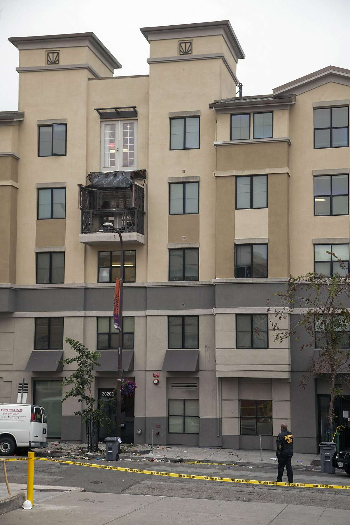 The fourth-floor balcony is seen on top of the third-story balcony, Tuesday, June 16, 2015, at the Library Gardens apartment complex, in Berkeley, Calif. The balcony collapsed, killing five people and injuring at least eight others.