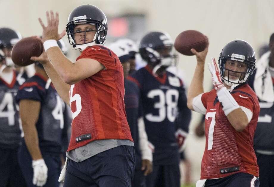 Houston Texans quarterbacks Ryan Mallett (15) and Brian Hoyer (7) Photo: Houston Chronicle