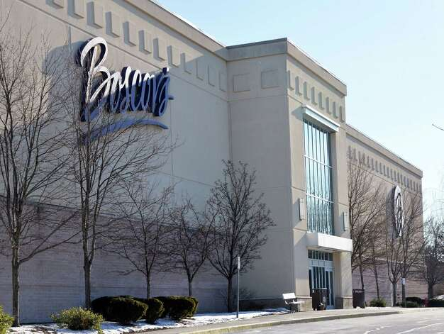 Exterior of the Boscov's store in Clifton Country Mall Thursday Jan. 8, 2015, in Clifton Park, NY.  (John Carl D'Annibale / Times Union) ORG XMIT: MER2015010815514300 Photo: John Carl D'Annibale / 00030116A