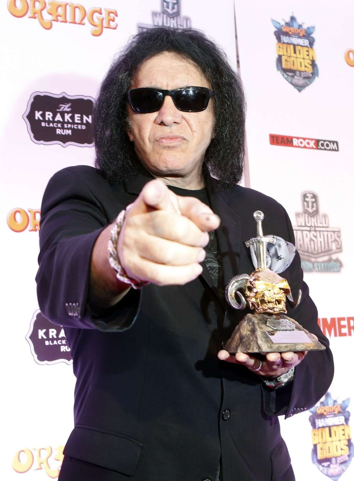 Gene Simmons The KISS star's wife said neither Simmons nor any member of KISS will be performing at the Trump inauguration. She claims they were approached by Trump's team, but no one from the Trump team has indicated they did so.