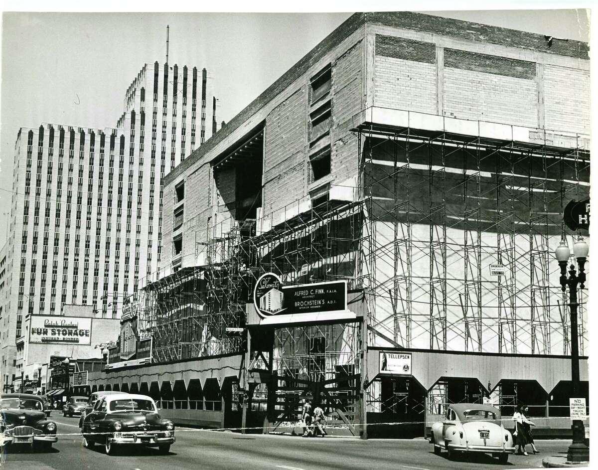 Downtown Sakowitz store under construction, Aug. 6, 1950.