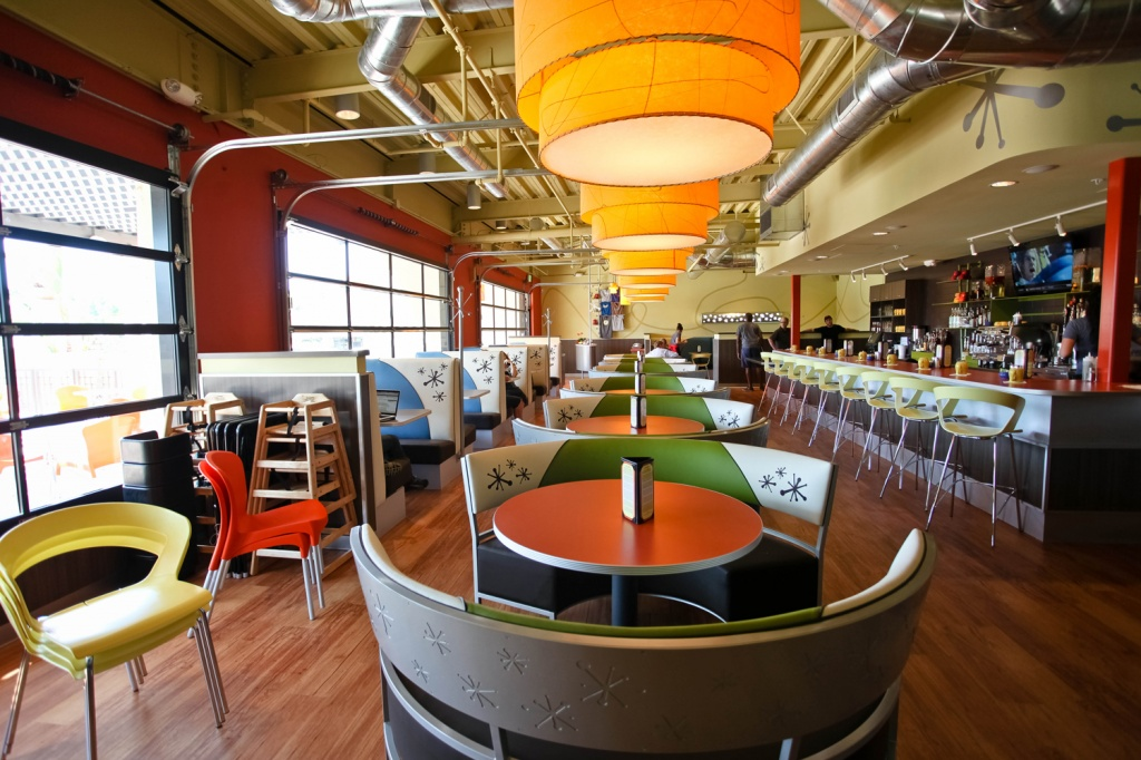 Snooze, an A.M. Eatery | Ollie Neglerio {Life & All of the Above}