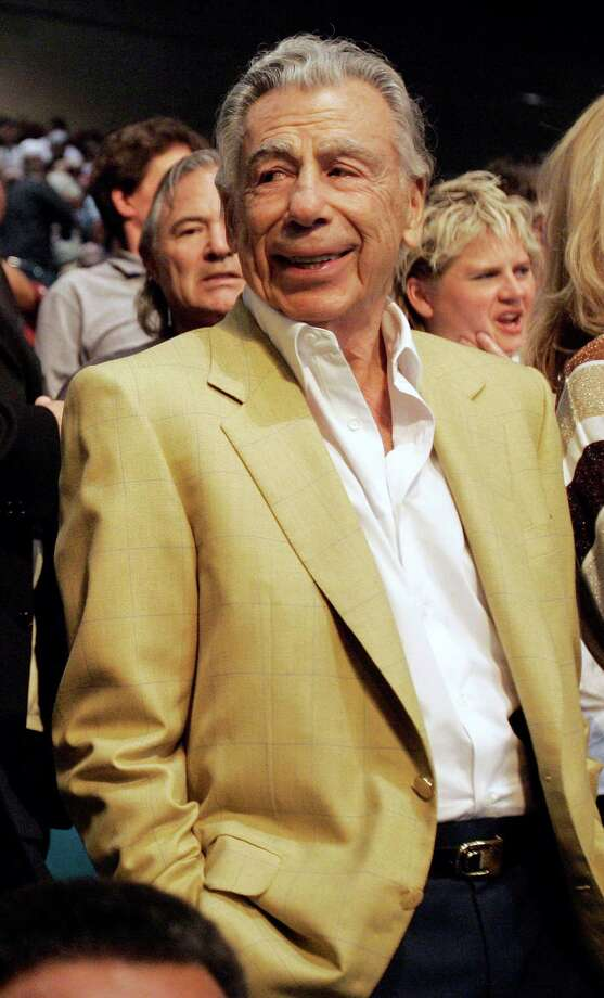 In this May 5, 2007 file photo, billionaire Las Vegas casino mogul Kirk Kerkorian is in the audience for the Oscar De La Hoya and Floyd Mayweather Jr. boxing match at the MGM Grand Garden Arena in Las Vegas. Photo: Associated Press File Photo / AP