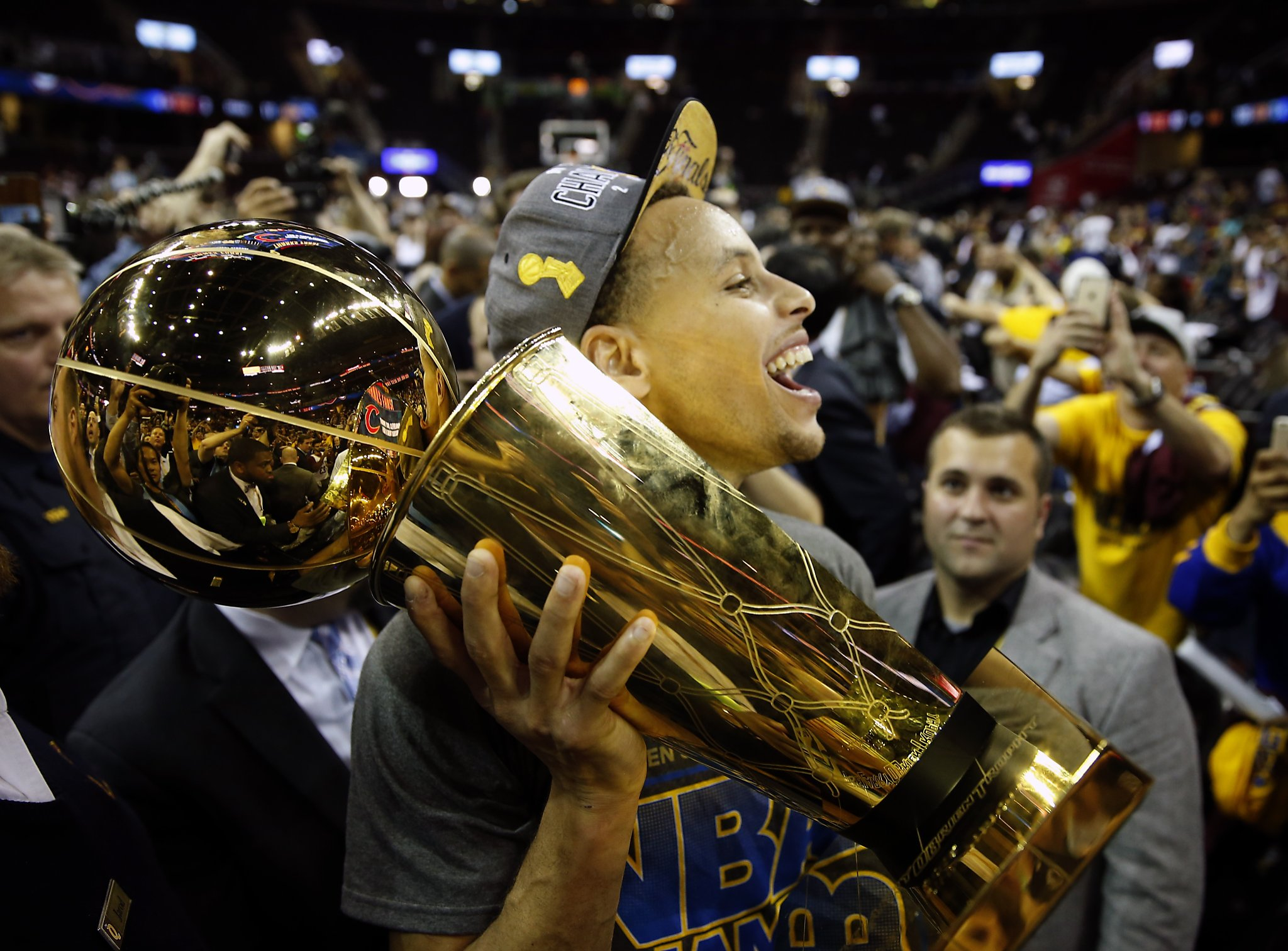 Sleepy Riley Curry The Highlight Of Warriors Trophy Presentation