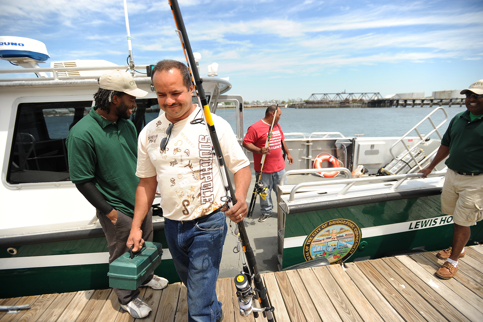 State offers free fishing license for father s day newstimes for Murphy s hook house fishing report