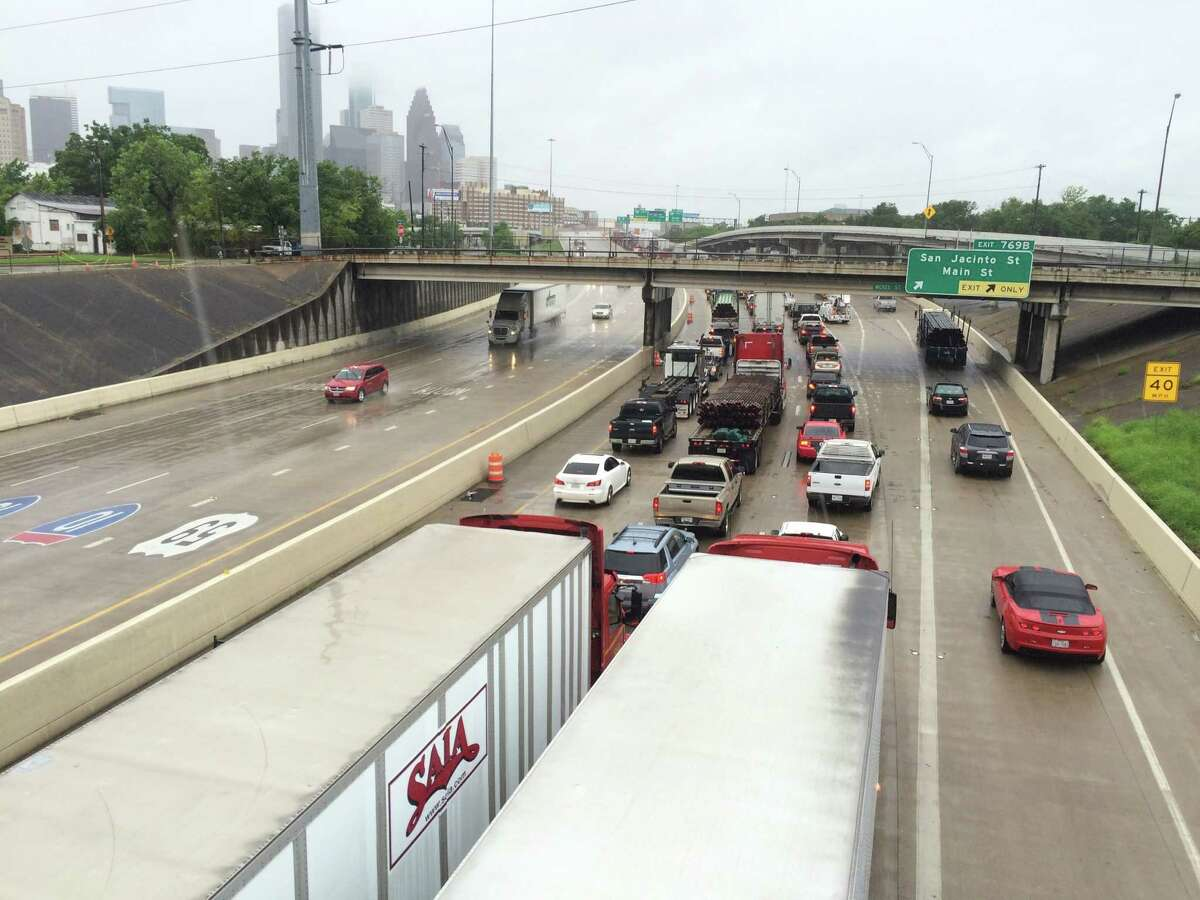 I-10/U.S. 59 Between 45 North Freeway and Eastex Freeway During peak periods of congestion, commutes are:2.29 times longer Annual cost of congestion:$18,426,620 State rank:16