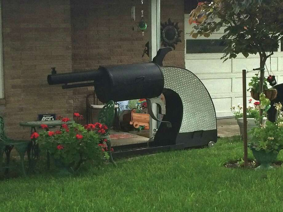 "We've dubbed this awesome pit ""The Smoking Gun.""  Photo: Twitter.com"