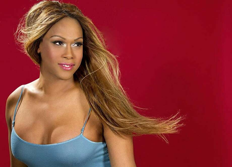 Soprano Breanna Sinclairé will be the first transgender singer to perform the national anthem at a Major League Baseball game June 17 at the Oakland A's Gay Pride night.