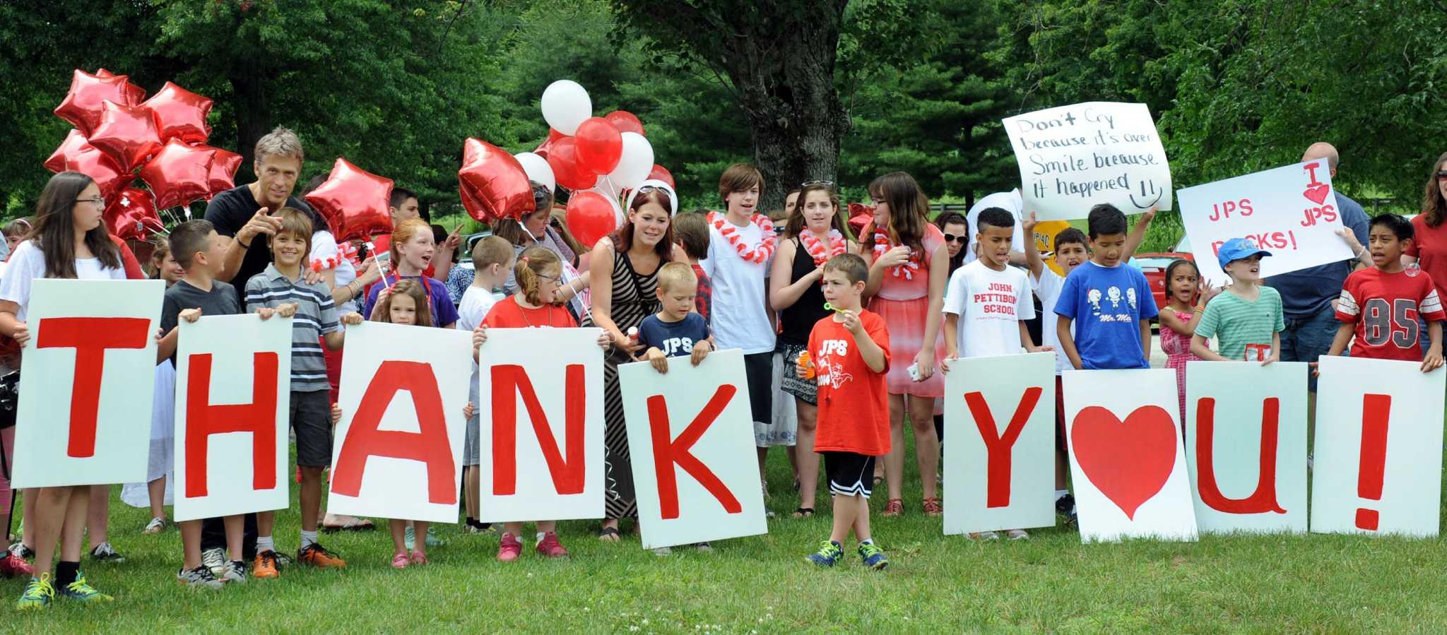 New Milford school's closing brings wave of emotions - NewsTimes