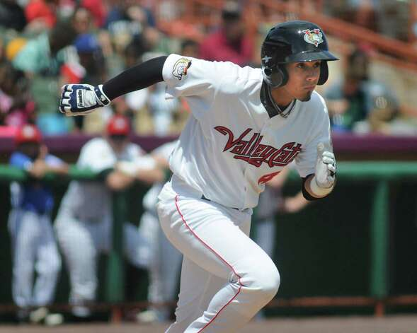 ValleyCats' Alexander Melendez runs to first during an exhibition game against the Dutchmen on Wednesday, June 17, 2015, at Joe Bruno Stadium in Troy, N.Y. (Cindy Schultz / Times Union) Photo: Cindy Schultz / 00032314A