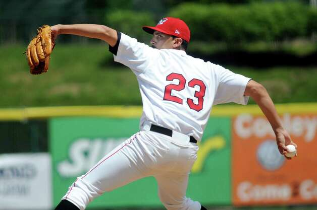 ValleyCats' Agapito Barrios winds up a pitch during an exhibition game against the Dutchmen on Wednesday, June 17, 2015, at Joe Bruno Stadium in Troy, N.Y. (Cindy Schultz / Times Union) Photo: Cindy Schultz / 00032314A