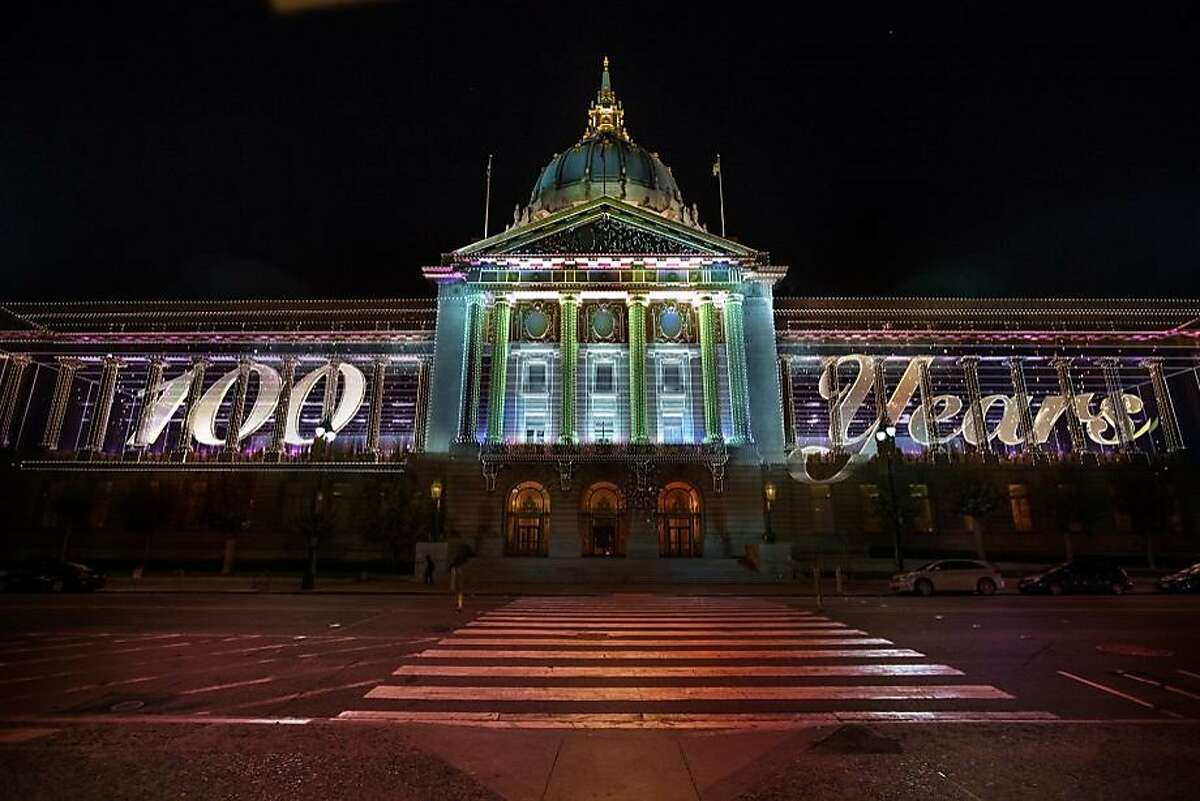 This year on June 19, San Francisco City Hall turned 100 years old. The Centennial Celebration included a light installation hosted by Obscura Digital and the event also featured live music.
