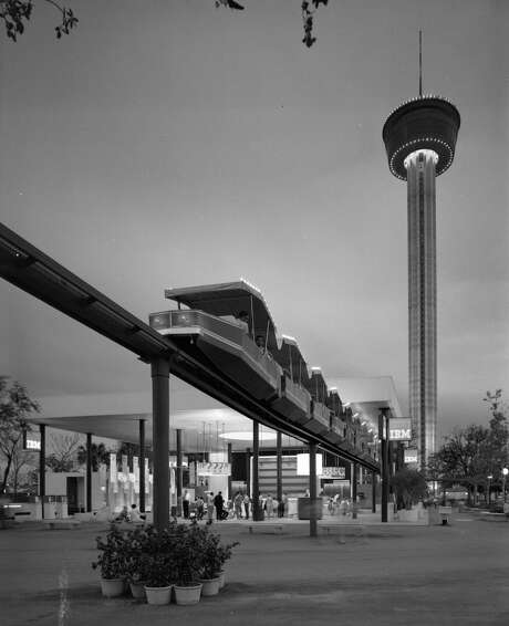 The monorail cars, erected for HemisFair '68, had a fitful life, including a fatal crash and legal woes. Photo: Courtesy UTSA Zintgraff Collection / UTSA SPECIAL COLLECTIONS