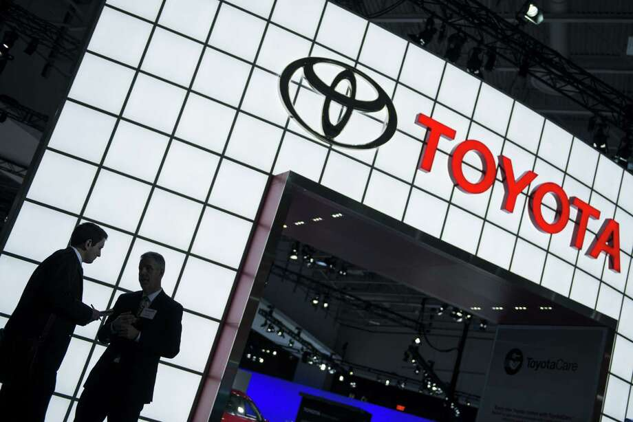 The recall expansion brings to 2.9 million the number of Toyota and Lexus vehicles being recalled in the U.S. because of faulty Takata airbag inflators. Photo: Getty Images / AFP