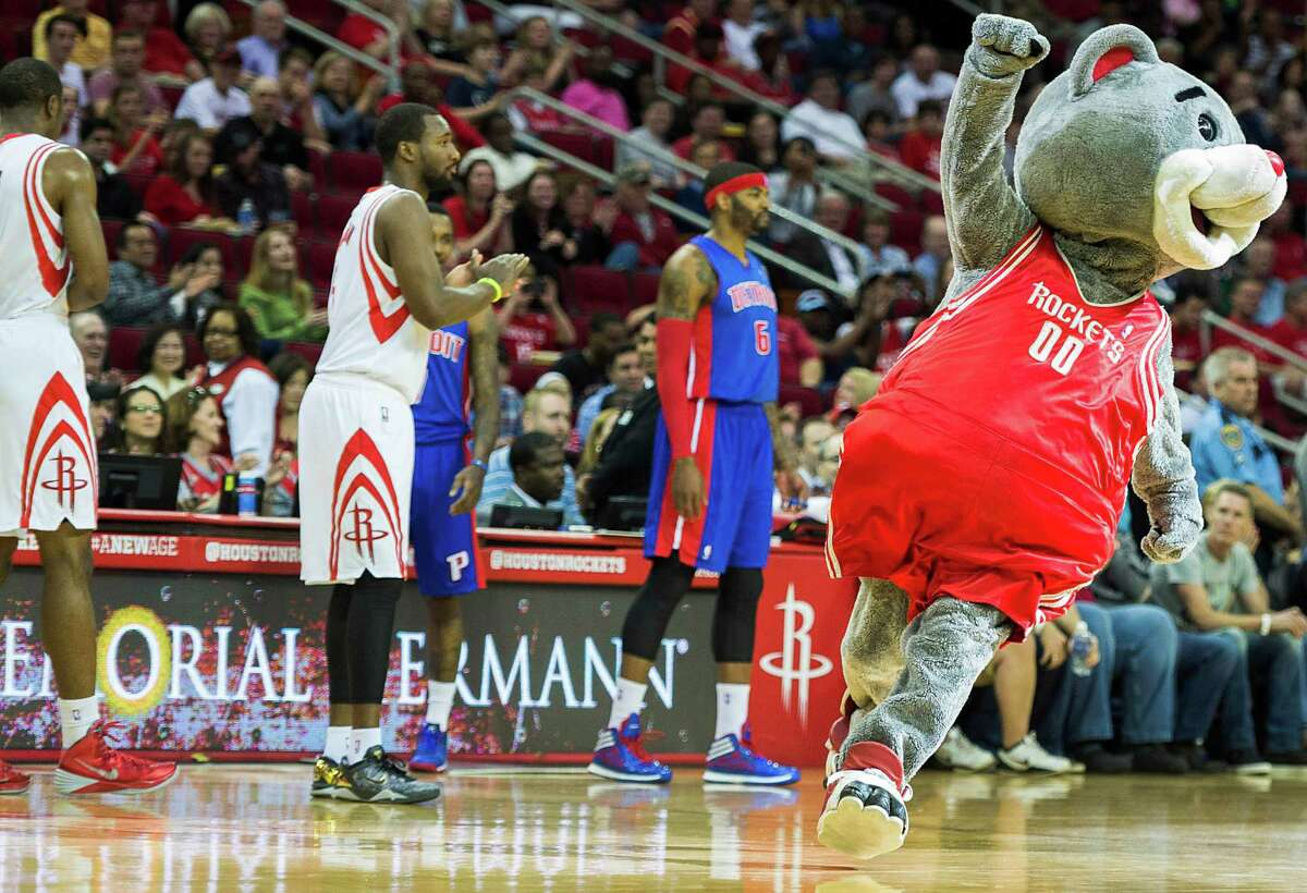 Clutch runs onto the court as it is announce that the game marks the mascot's