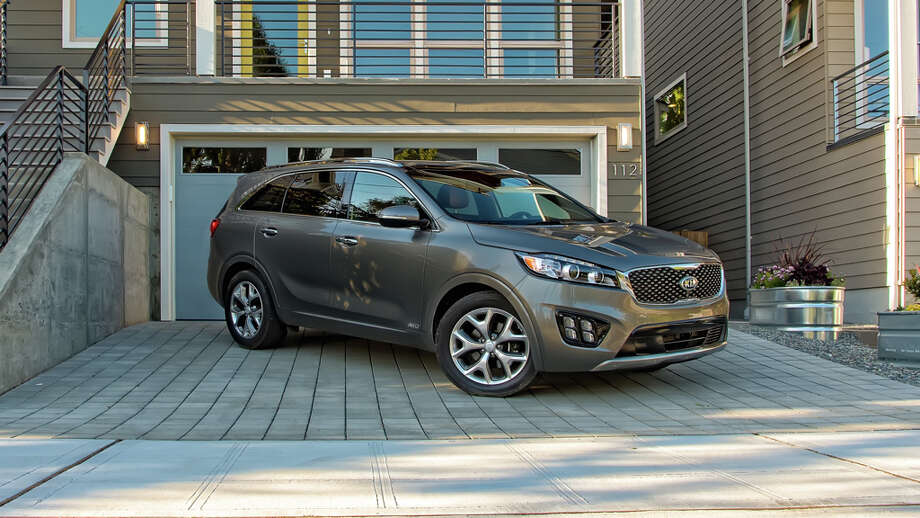 Kia models, including this 2015 Sorento, and those of affiliate Hyundai beat Japanese vehicles in J.D. Powers' quality survey. Photo: Martin Campbell /New York Times / MARTIN CAMPBELL