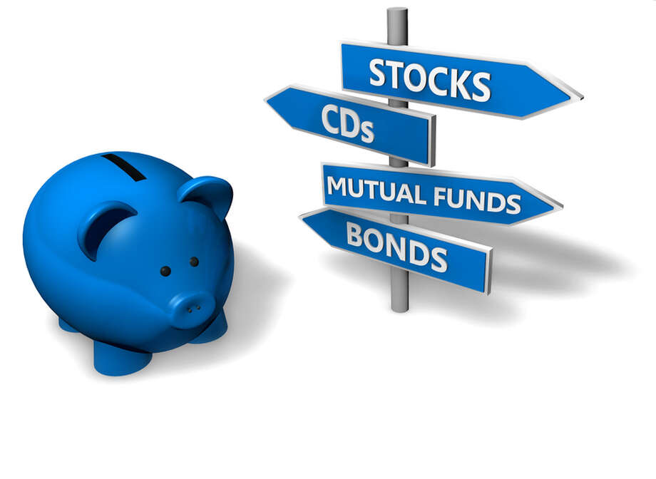 Investment diversification. Stocks and bonds Photo: Fotolia / niroworld - Fotolia