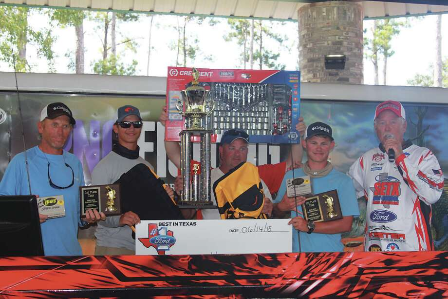 Tristan Riddle and Collin Hale from Central heights winners of the SETX Championship 2015 with a two day total of 41.69 lbs. photo by Carla Moorhead