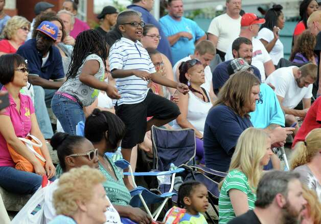 The crowd fills in Riverfront Park as The LateShift performs during Rockin' On the River on Wednesday June 17, 2015 in Troy, N.Y.  (Michael P. Farrell/Times Union) Photo: Michael P. Farrell / 00032103A