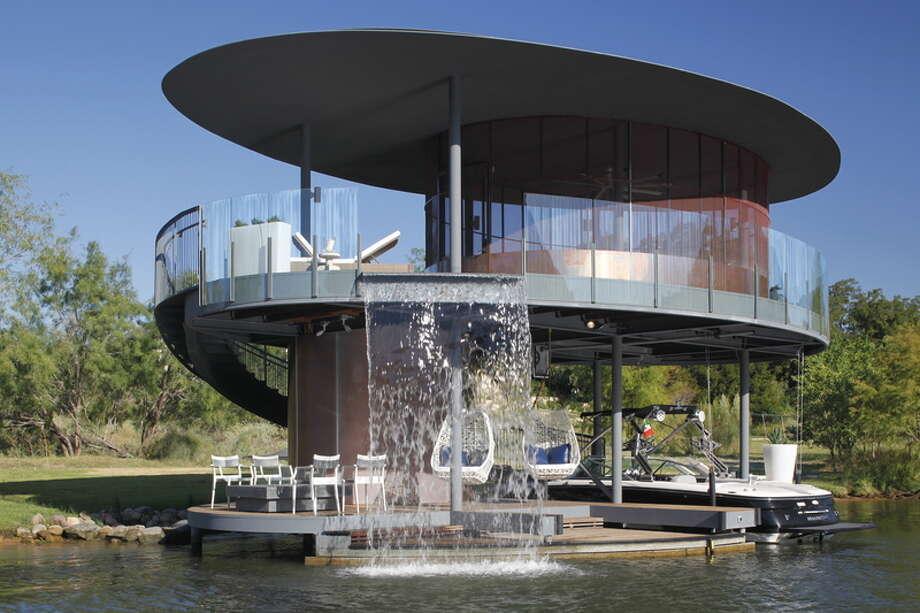 Shore Vista Boat Dock by Bercy Chen Studio LP.