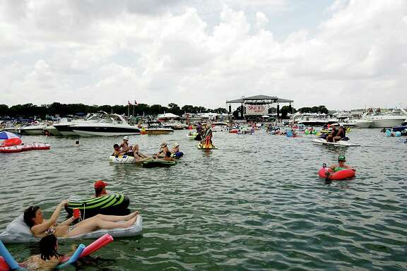 A general view of the atmosphere during Aquapalooza, headlined by Brad Paisley at Lake Travis on July 10, 2010 in Austin, Texas. (Photo by Gary Miller/FilmMagic)