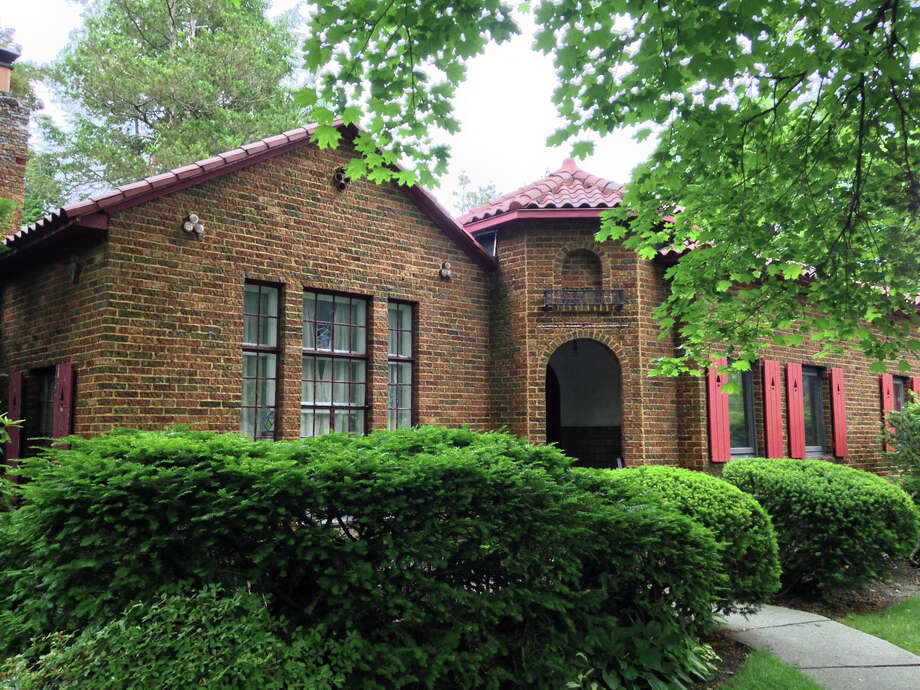 House of the Week: 130 S. Main Ave., Albany   Realtor:  Janet Young of Keller Williams   Discuss: Talk about this house Photo: Janet Young