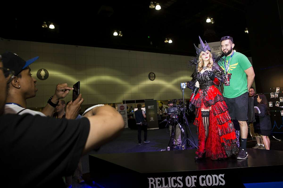 June 16, 2015 - Los Angeles, CA Jessica Kinni, actress and model, assumes the character of Demon Blood Queen at the Relics of God Booth, as industry's top talent packed the Los Angeles Convention Center at E3 2015, the world's premier trade show for computer, video and mobile games and related products, in downtown Los Angeles. (Nancy Pastor /for the San Francisco Chronicle)