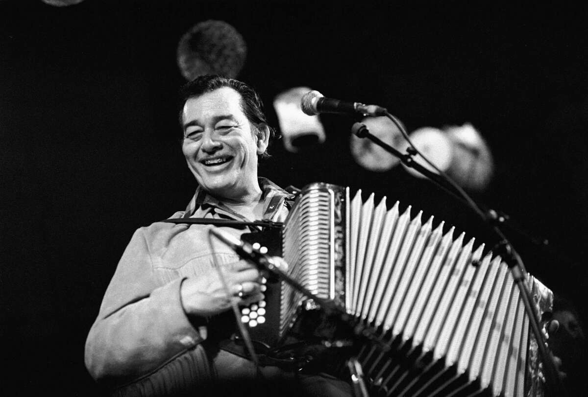 AMSTERDAM, NETHERLANDS - MARCH 30TH: American accordian player Flaco Jimenez performs at the Paradiso in Amsterdam, Netherlands on 30th March 1989. (photo by Frans Schellekens/Redferns)