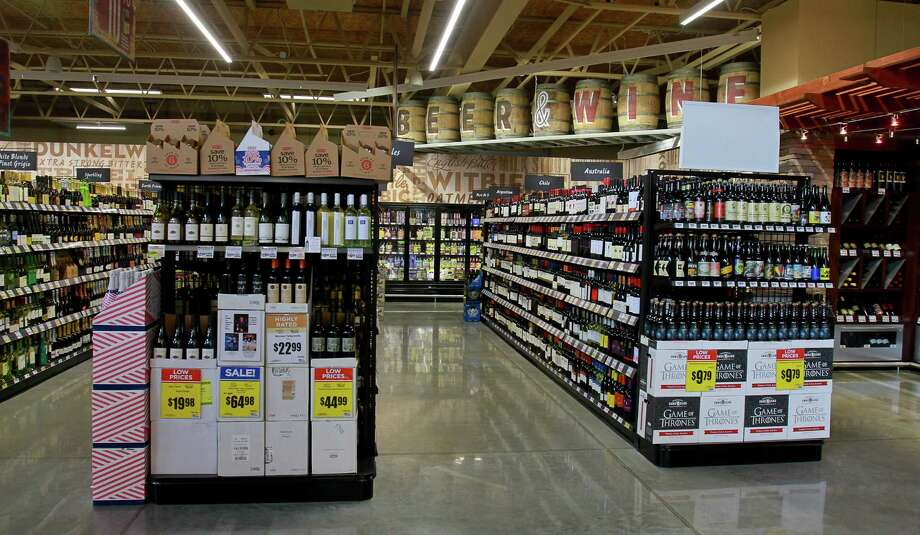 The Beer and Wine department at the H-E-B store at 5895 San Felipe Street. Photo: Gary Fountain, For The Chronicle / Copyright 2015 by Gary Fountain