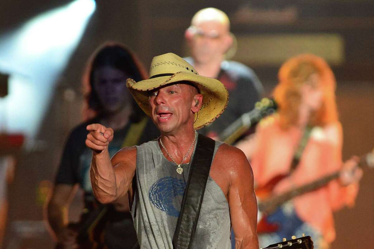 Kenny Chesney performs onstage at Tortuga Music Festival on April 11, 2015 in Fort Lauderdale, Florida.