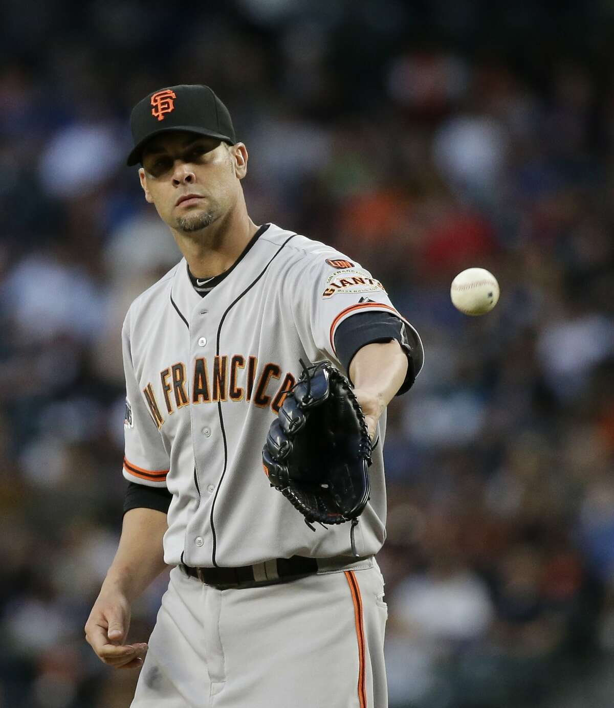 San Francisco Giants starting pitcher Ryan Vogelsong in action against the Seattle Mariners in a baseball game Thursday, June 18, 2015, in Seattle. (AP Photo/Elaine Thompson)