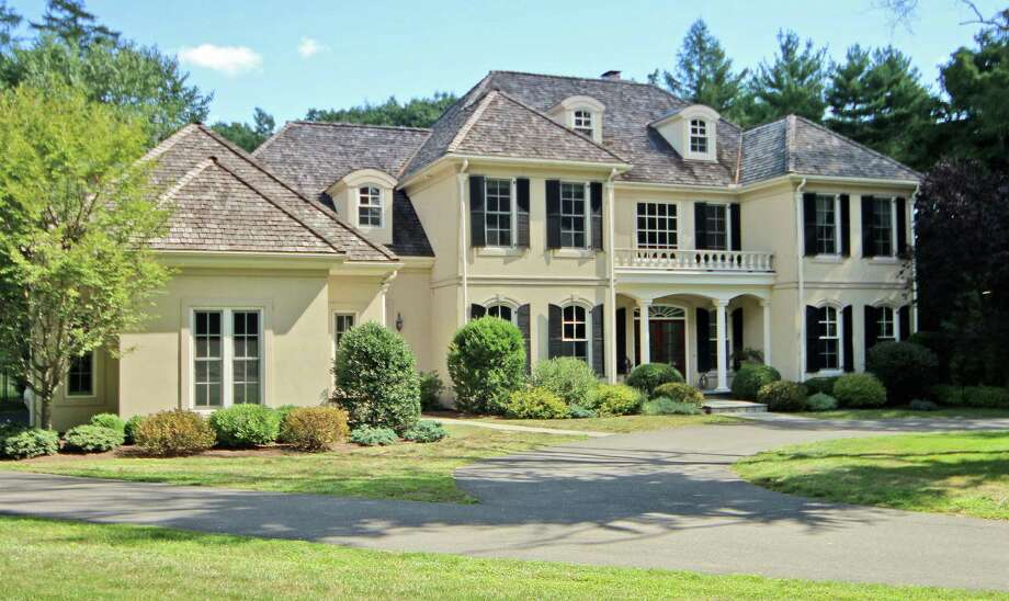 The property at 134 Burr St. is on the market for $1,975,000. Photo: Contributed Photo / Contributed Photo / Fairfield Citizen