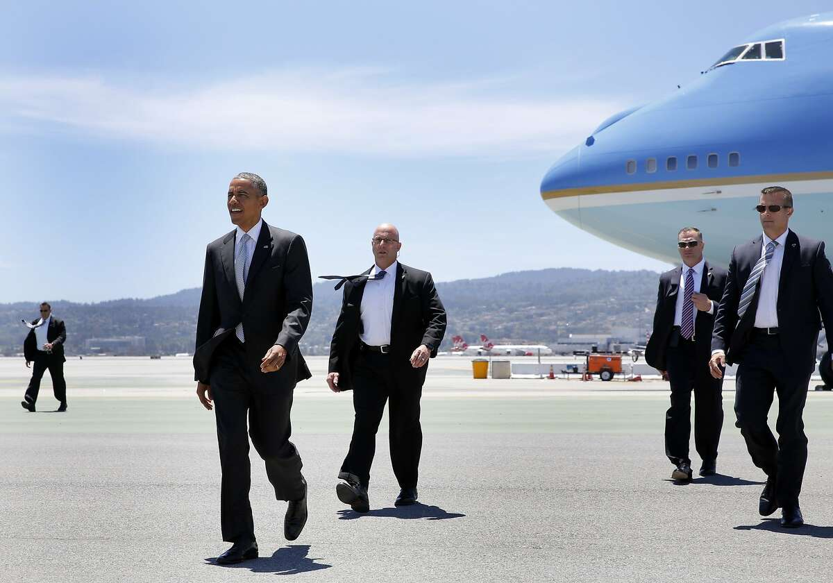 A 2015 file photo of President Obama at San Francisco Airport.