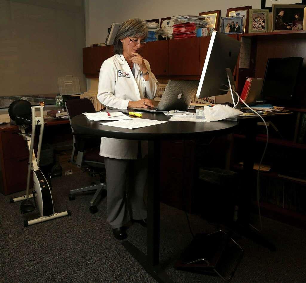Researchers Say You Burn 15 Percent More Calories Using Standing Desks Photo Karen Warren
