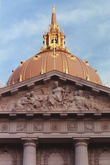 The gold-leaf dome of San Francisco City Hall. Photo: Deanne Fitzmaurice, SFC