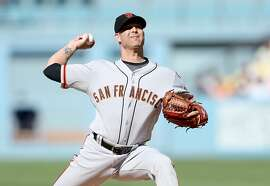 LOS ANGELES, CA - JUNE 20:  Tim Hudson #17 of the San Francisco Giants throws a pitch against the Los Angeles Dodgers at Dodger Stadium on June 20, 2015 in Los Angeles, California.  (Photo by Stephen Dunn/Getty Images)