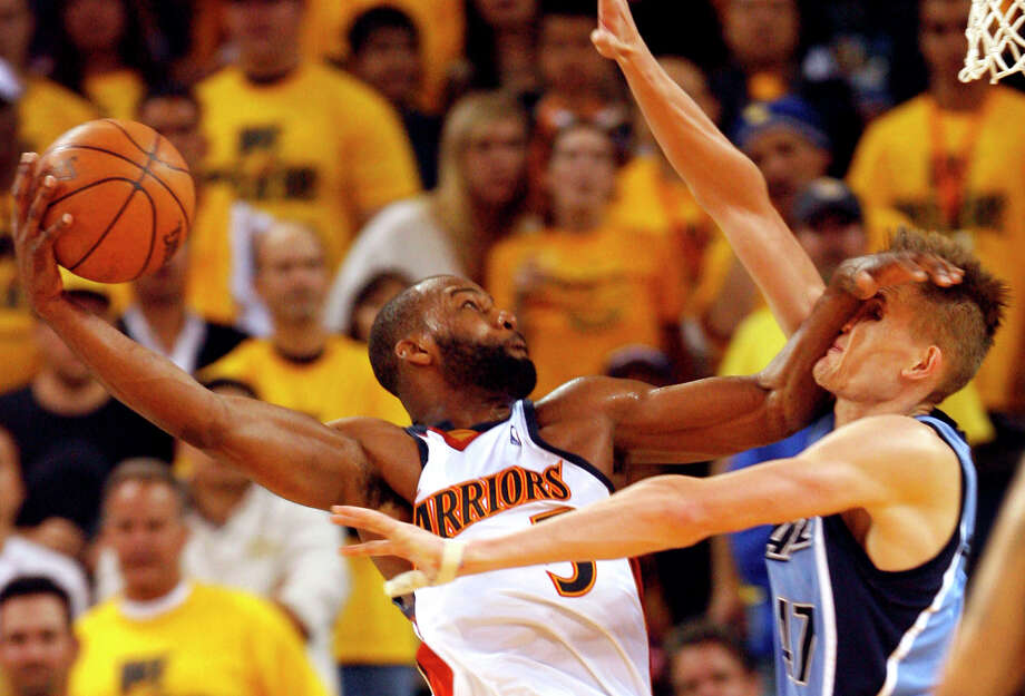 You mark the beginning of modern time not A.D., but B.D. — as in the day Baron Davis posterized Andrei Kirilenko. Photo: Kat Wade / Kat Wade / The Chronicle 2007 / San Francisco Chronicle