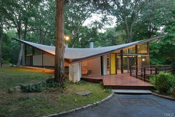 44 Benedict Hill Rd, New Canaan - $1,799,000 Designed by James Evans, student of Louis Kahn who designed the Yale University Art Galley among other important buildings. View full listing at zillow.com