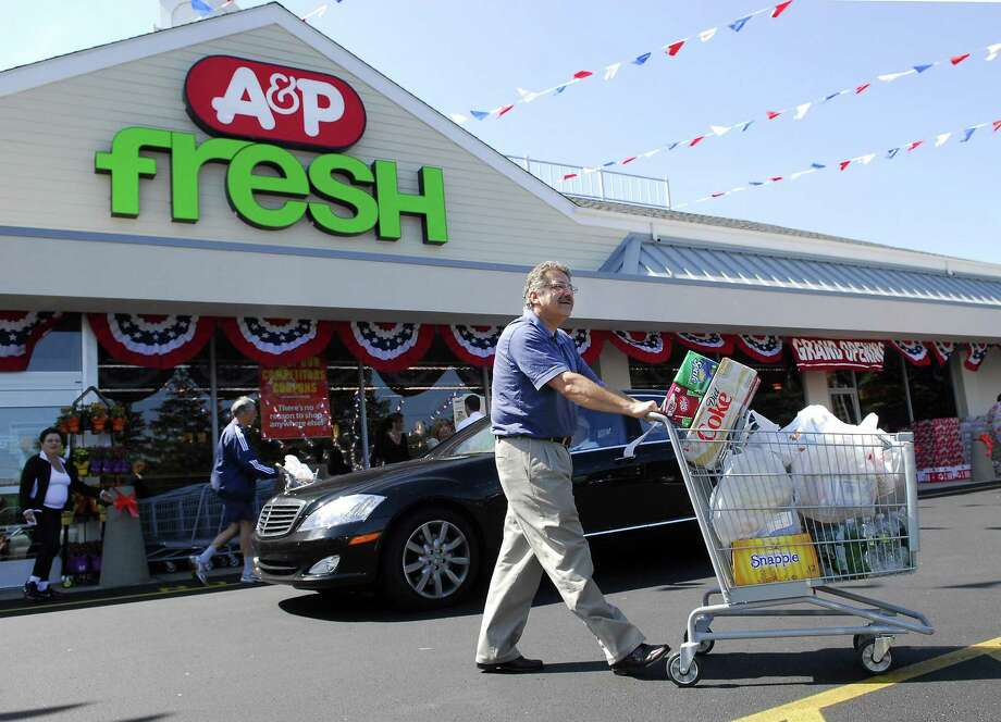 With A&P Fresh, in September 2009 the Great Atlantic and Pacific Tea Co. refreshed its A&P location at 1201 High Ridge Road in Stamford, Conn., one of four remaining locations in Fairfield County. Photo: Bob Luckey / ST / Stamford Advocate
