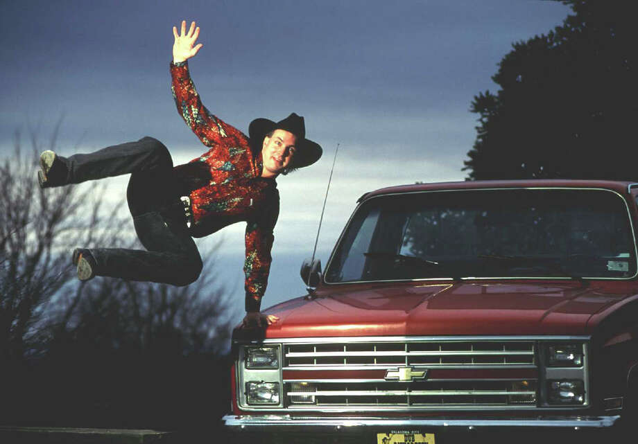 Garth Brooks, back in the '90s. Photo: Paul Harris, Getty Images / Hulton Archive