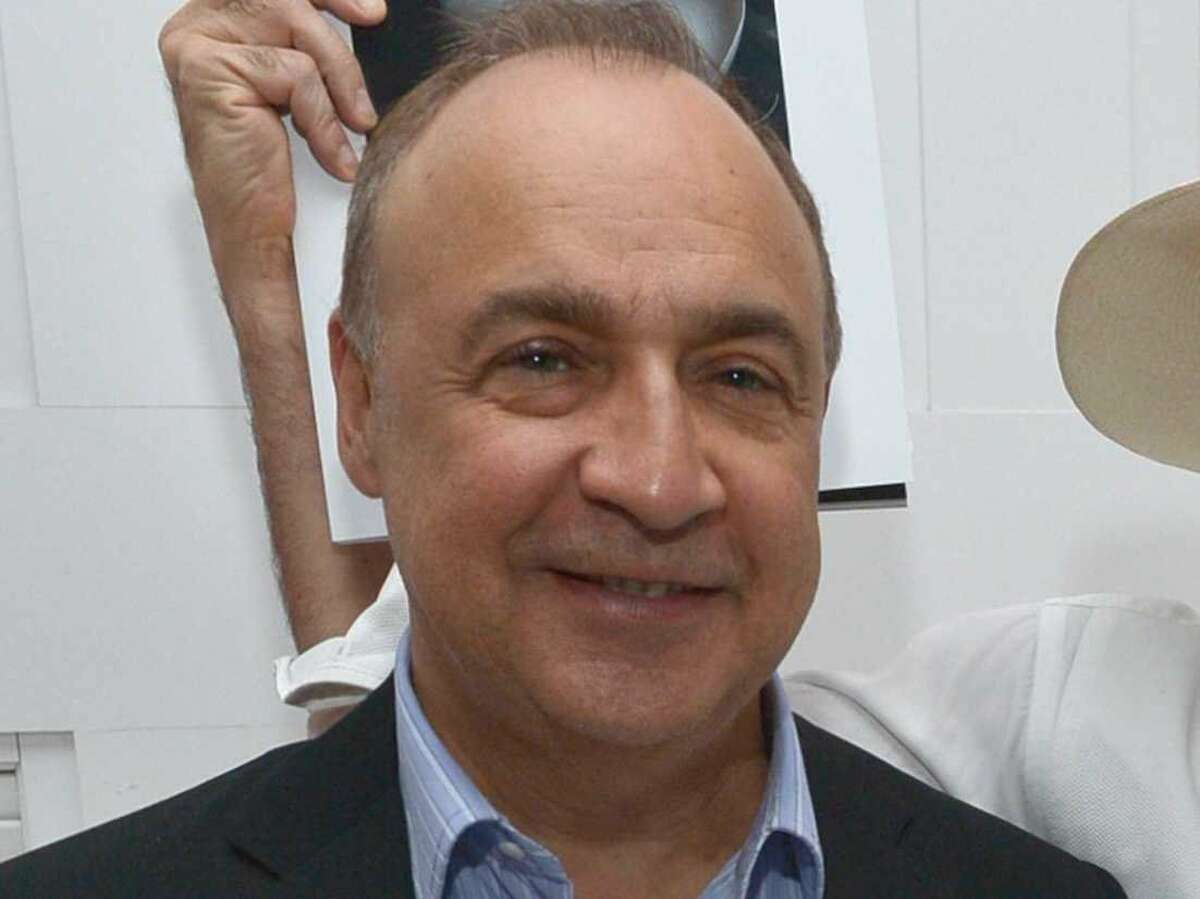 25. Len Blavatnik Estimated net worth: $20.1 billion Source of wealth: Founded Access Industries in 1986 and invested in aluminum and chemical companies. In recent years he began investing in tech, with stakes in Spotify and Beats. Blavatnik also owns Warner Music, which he bought in 2011 for $3.3 billion.
