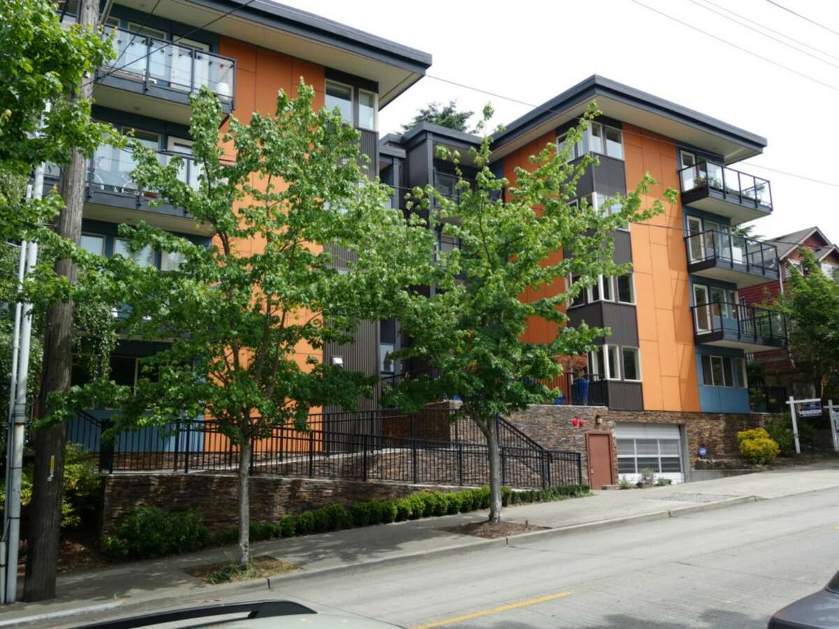 The first home is a condo located in a complex at 120 N.W. 39th St. The one bedroom, one bathroom condo is listed for $249,975. The unit has all hard wood, stainless steel kitchen appliances and in-unit laundry. You can see the full listing here.