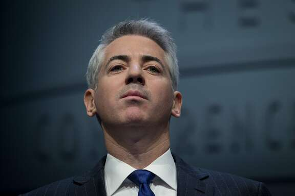 "William ""Bill"" Ackman, founder and chief executive officer of Pershing Square Capital Management LP, speaks during a presentation in New York, U.S., on Thursday, Dec. 20, 2012. Ackman resigned from J.C. Penney Co.'s board after a public fight with his fellow directors, capping more than two years of agitating to remake the retailer that left him with a potential $700 million in losses on his stake in the department-store chain. Photographer: Scott Eells/Bloomberg"