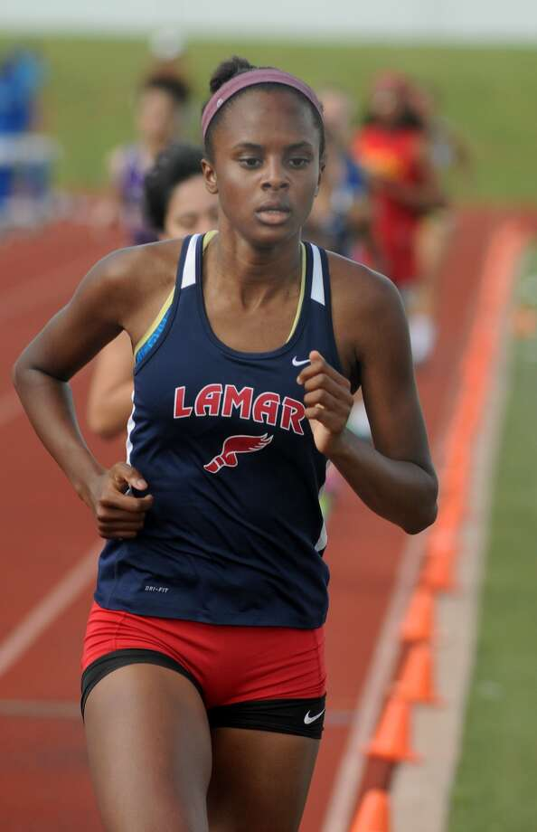 Lamar's Hannah Gantt competes in the Girls 800 Meter Run at the Houston Relays held at Barnett Stadium. Photo: Jerry Baker, Freelance
