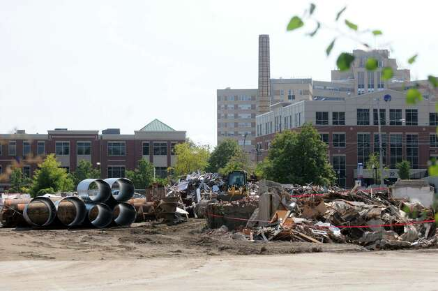 Work on the Albany Medical Center's Park South project continues on Thursday Sept. 18, 2014 in Albany, N.Y. The city IDA provided property tax breaks totaling as much as $30.2 million.  (Michael P. Farrell/Times Union) Photo: Michael P. Farrell